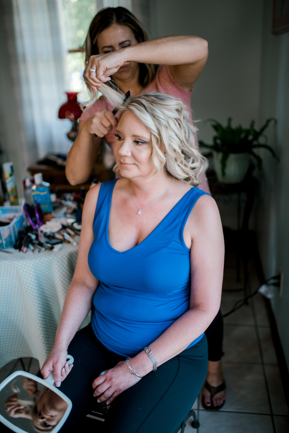 lexington-wedding-photographer-bride-getting-ready