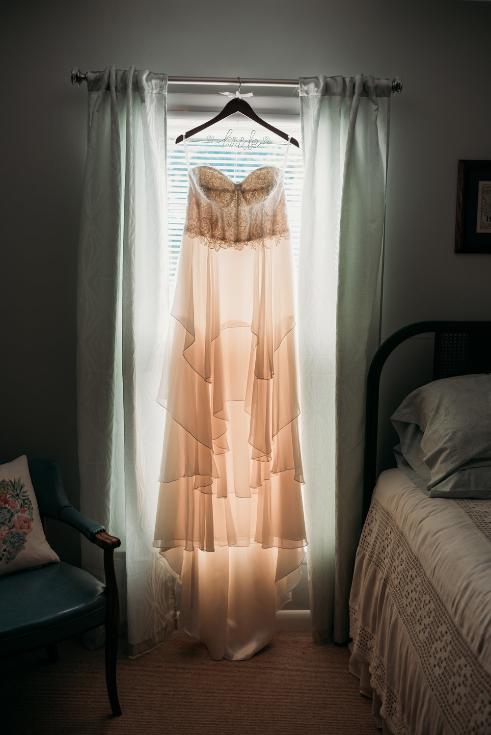lexington-kentucky-wedding-photographer-gown