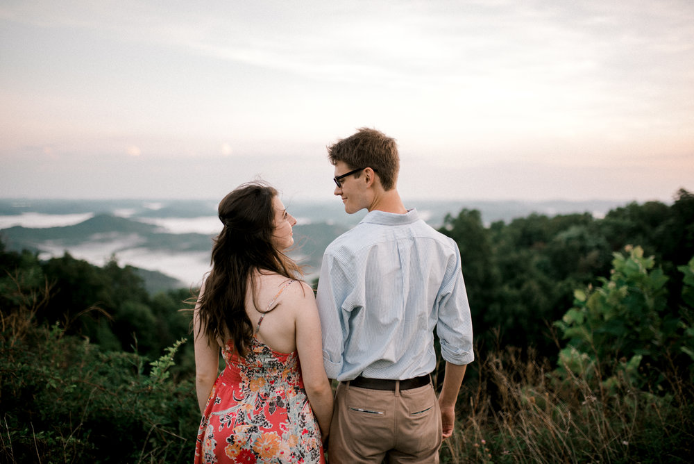pine-mountain-kentucky-engagement-photographer