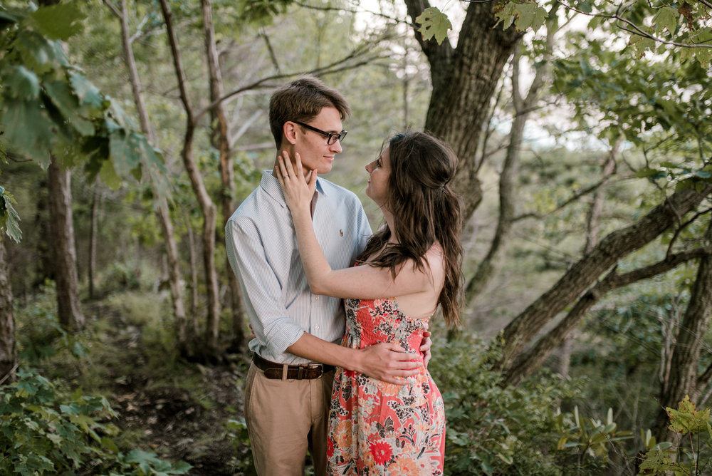 mountaintop-engagement-session-whitesburg-photographer