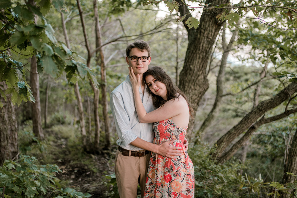 engagement-photographer-whitesburg-ky-pine-mountain