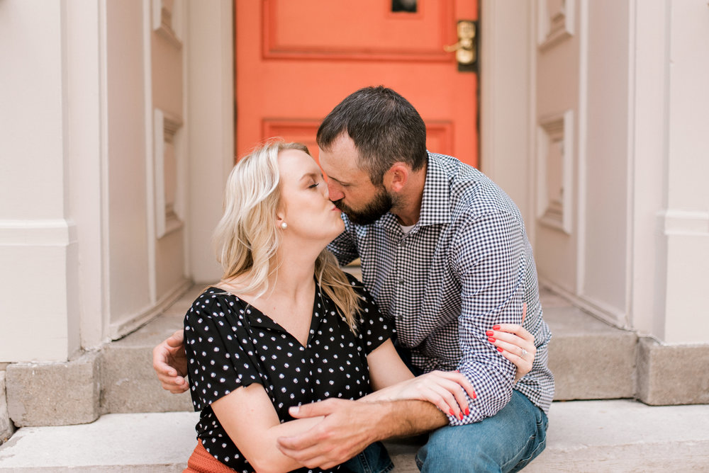 lexington-wedding-photographer-downtown-engagement