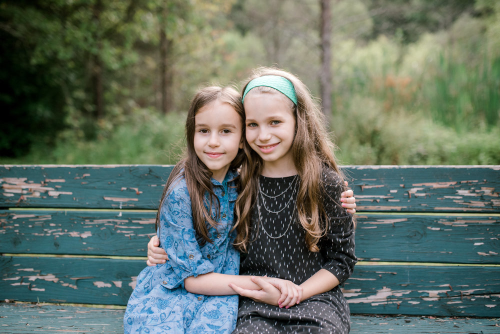 sisters-eastern-kentucky-family-photography
