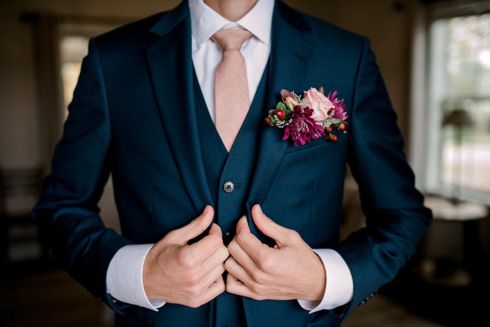 lexington-wedding-photographer-groom