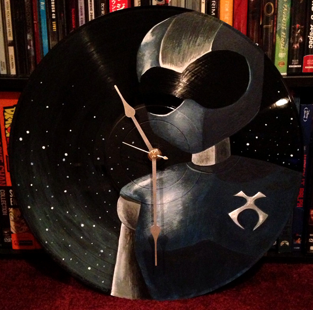 Acrylic on Vinyl. TOONAMI T.O.M. Clock