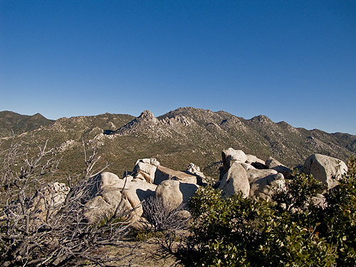 The view to The Thimble and Ysidro from White Benchmark
