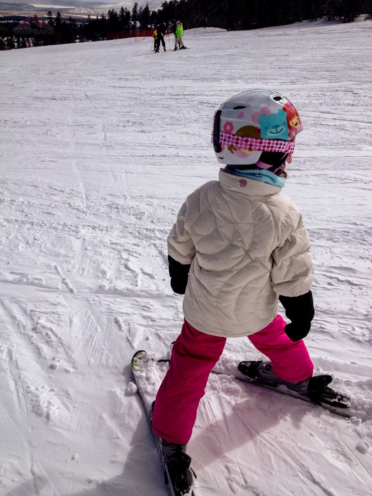 Soph, getting ready to carve some turns