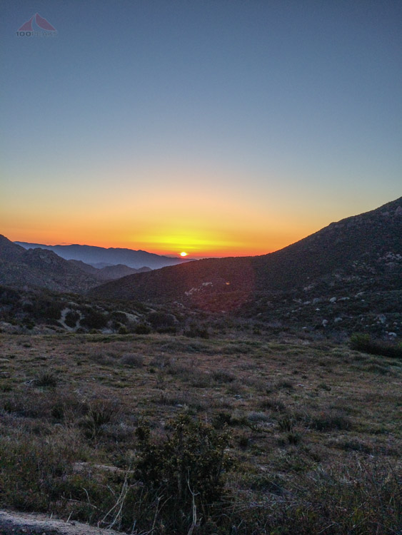 Sunrise over the desert on the way to the Square Top trailhead