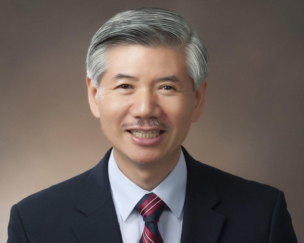 Dr. Elijah Kim