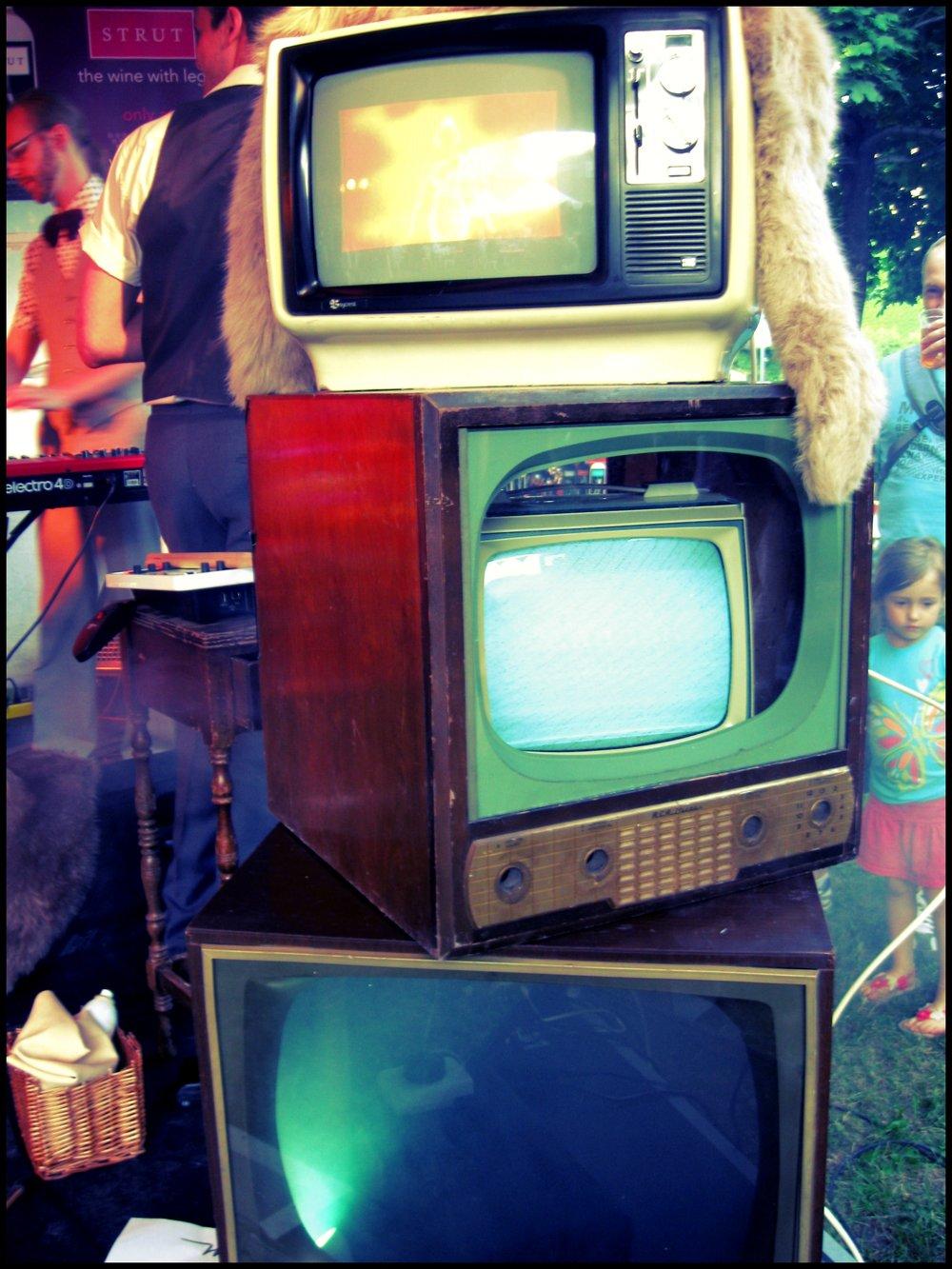 tv4.jpg.jpg