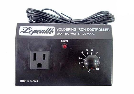 RSIC-1 Leponitt Temperature Controller 110V, 2 flat pins