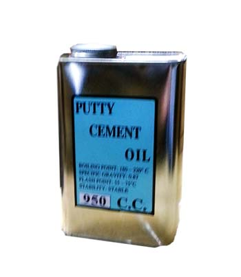 LPC-01O Leponitt Putty Cement Oil 950C.C.   Mixing powder and oil, then brush putty cement into gaps between glass and lead to strengthen waterproof and strength of panels.   LPC-01O : Oil 950C.C.  LPC-10O : Oil 10L  LPC-01 : Oil 950C.C. + Powder 2KGS  LPC-10 : Oil 10L + Powder 20KGS