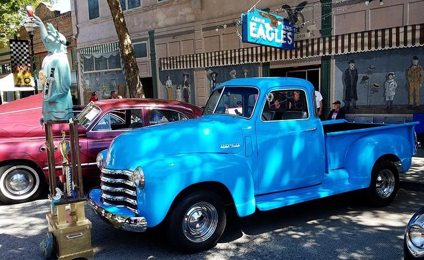 Eagles truck'.jpg