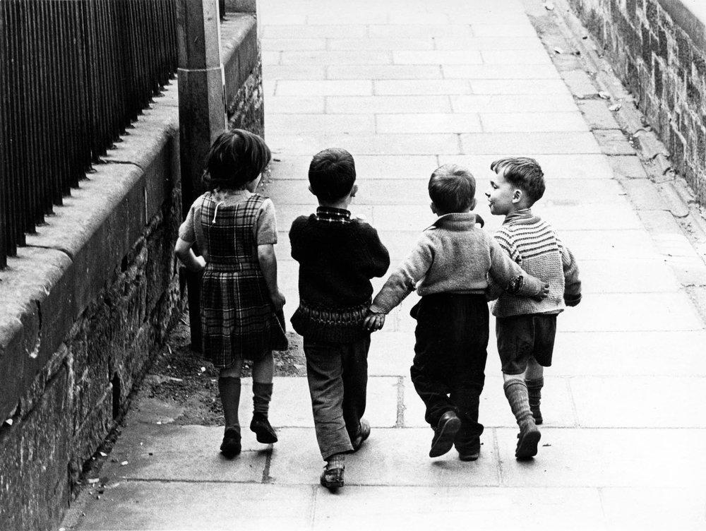 Robert Blomfield, Childhood Friends, Edinburgh, 1966. © the artist