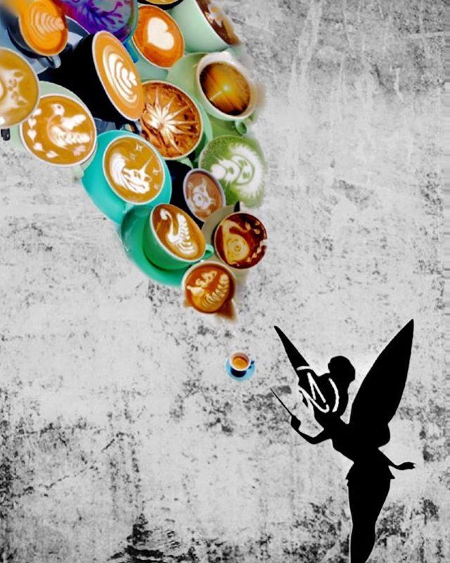 Die #kafFEE 🤓 #hihi #mission_coffee_stuttgart #latteart #specialtycoffee #0711 #escala_art_for_a_moment #schlossplatz #nie0815immer0711 #königsbaupassagen #whynot #maybebaby