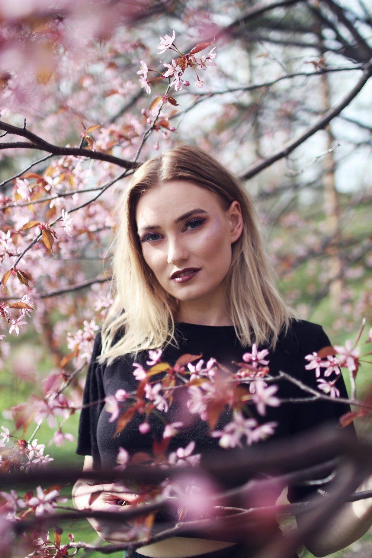 Kuva: Säde Puusa, meikki: Minttu Virtanen