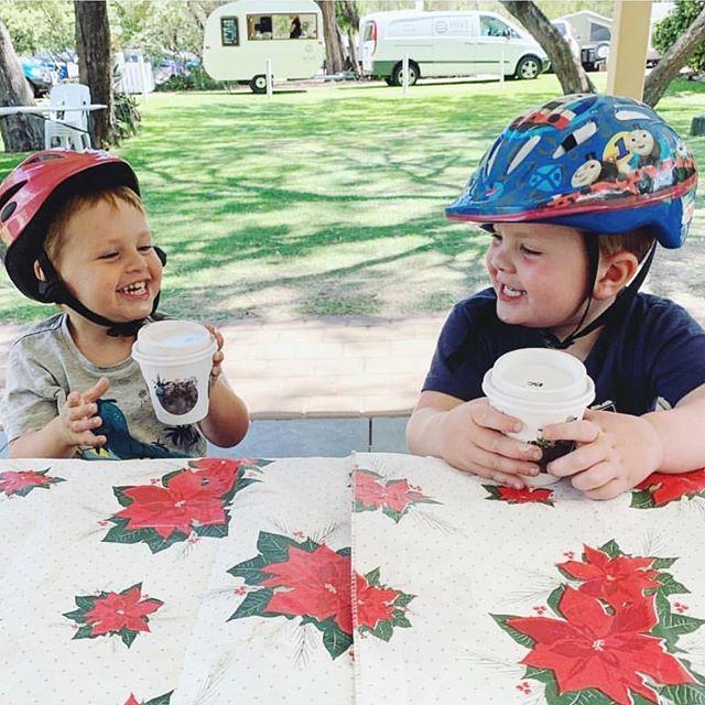 Jordy & Maxy enjoying their baby cino's at @sandybayholidaypark 🥤🌿 #hivecaravanbar #summerholidays #babycinos #travellingbar #coffeevan 📷 - @sandybayholidaypark