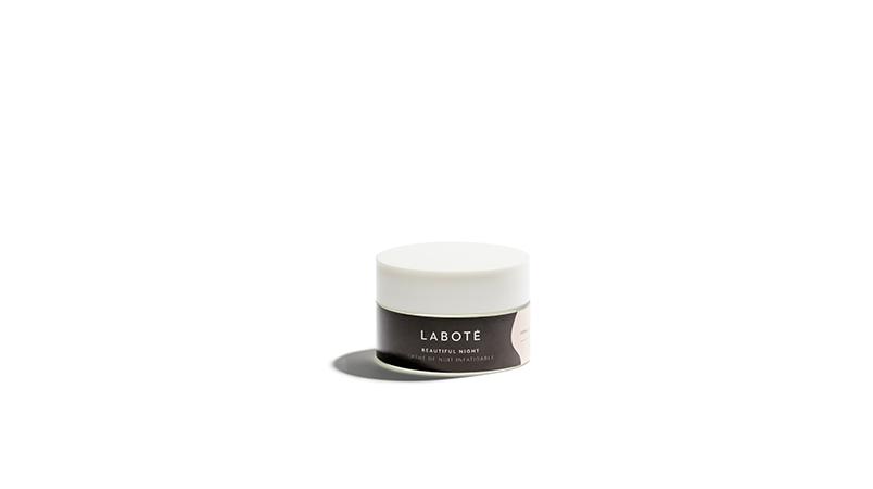 4. BEAUTIFUL NIGHT, 50g La crème de nuit permet à la peau de se régénérer et se gorger d'actifs pour retrouver toute sa souplesse et son confort au réveil. 55€