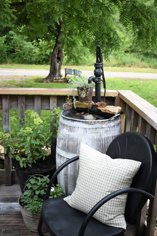 Porch Farmhouse Style Mini Pond Deck Fountain