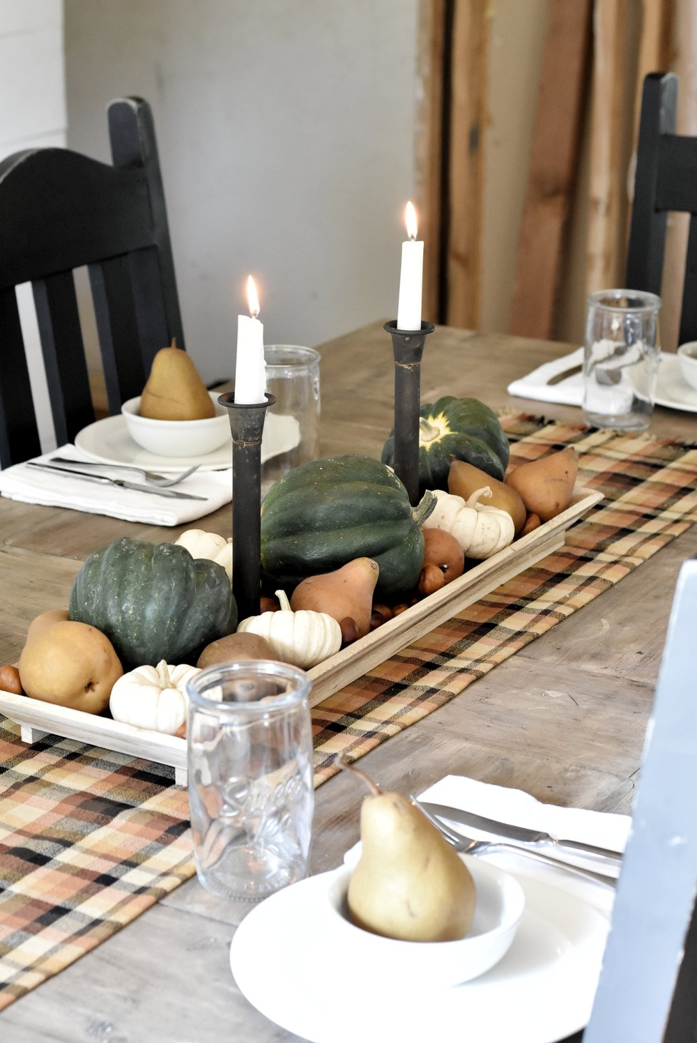Simple Fall Farmhouse Tablescape for Autumn Dining Room