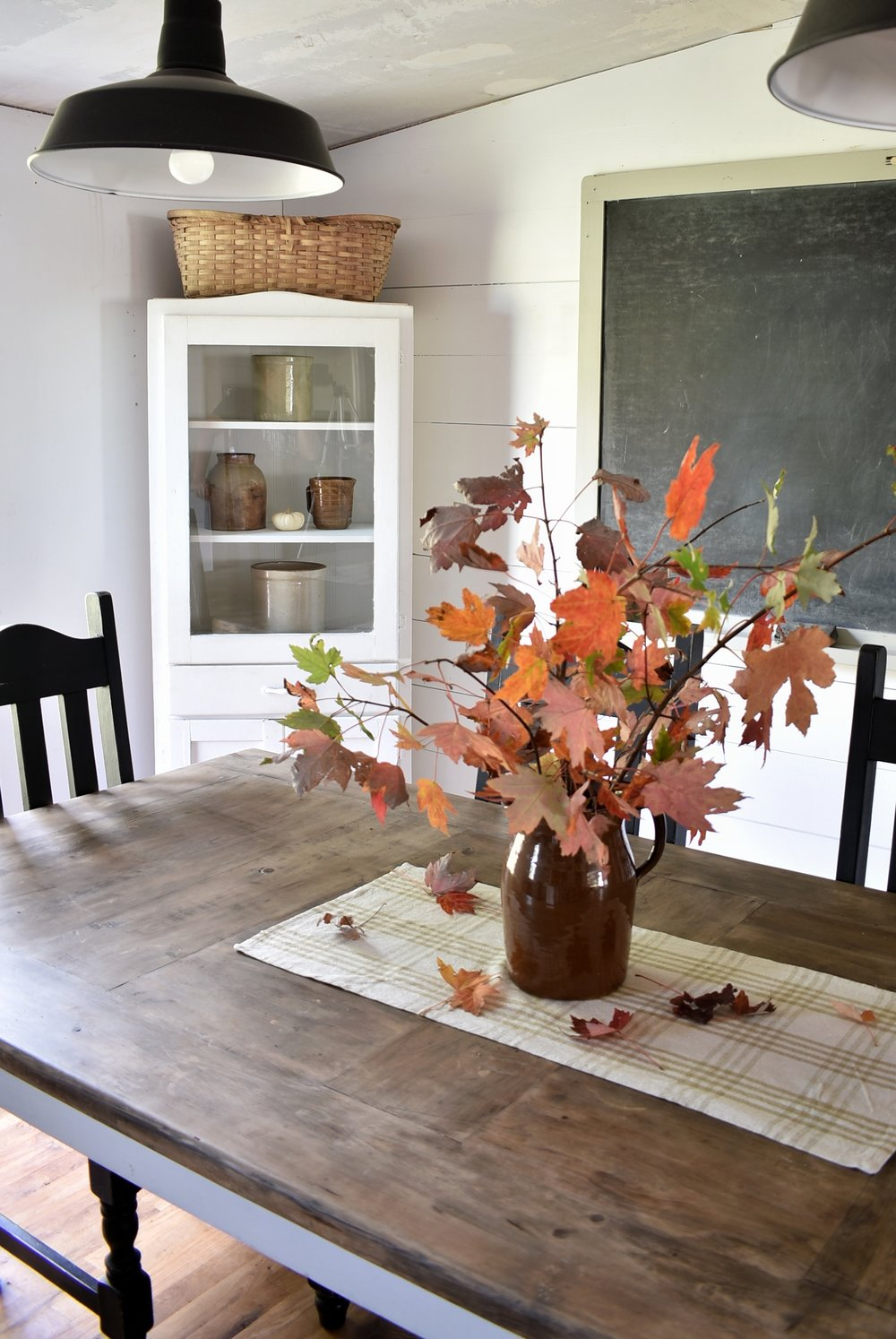 Flat Creek Farmhouse Fall Dining Room
