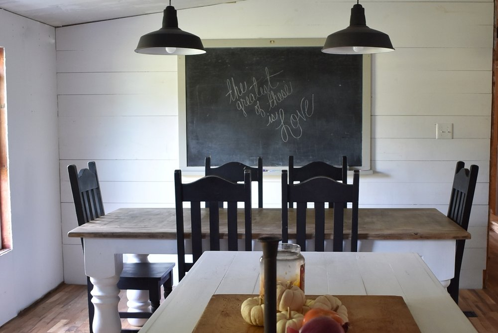 Flat Creek Farmhouse Dining Room