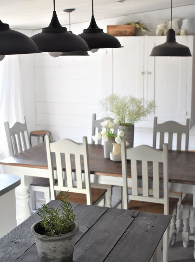 DIY+Farmhouse+Style+Metal+Lamp+Shade.jpg