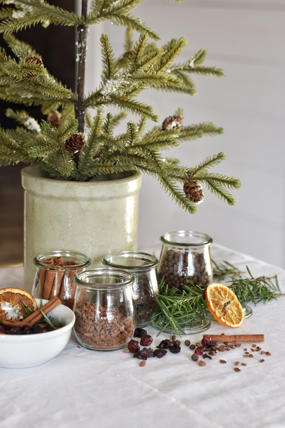 The best smelling homemade DIY easy stove top simmering potpourri for the Christmas season.