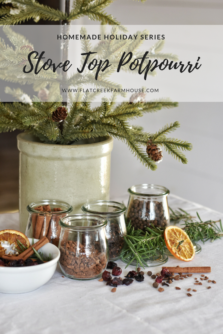Simple and easy DIY homemade Holiday Potpourri for the Christmas season