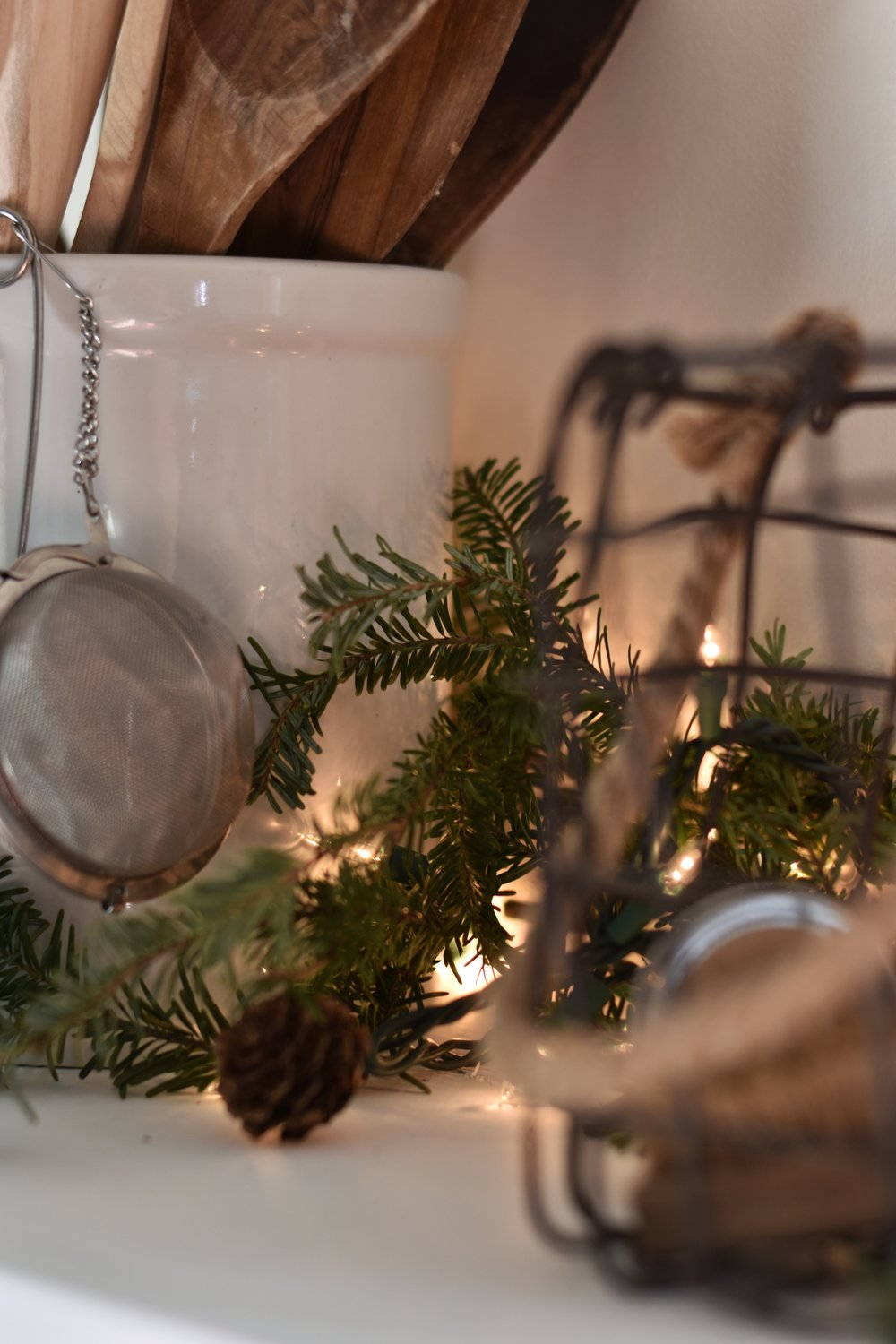 A Very Simple Farmhouse Christmas Tour. Rustic, Country, Farmhouse, Old Fashioned, Handmade Christmas