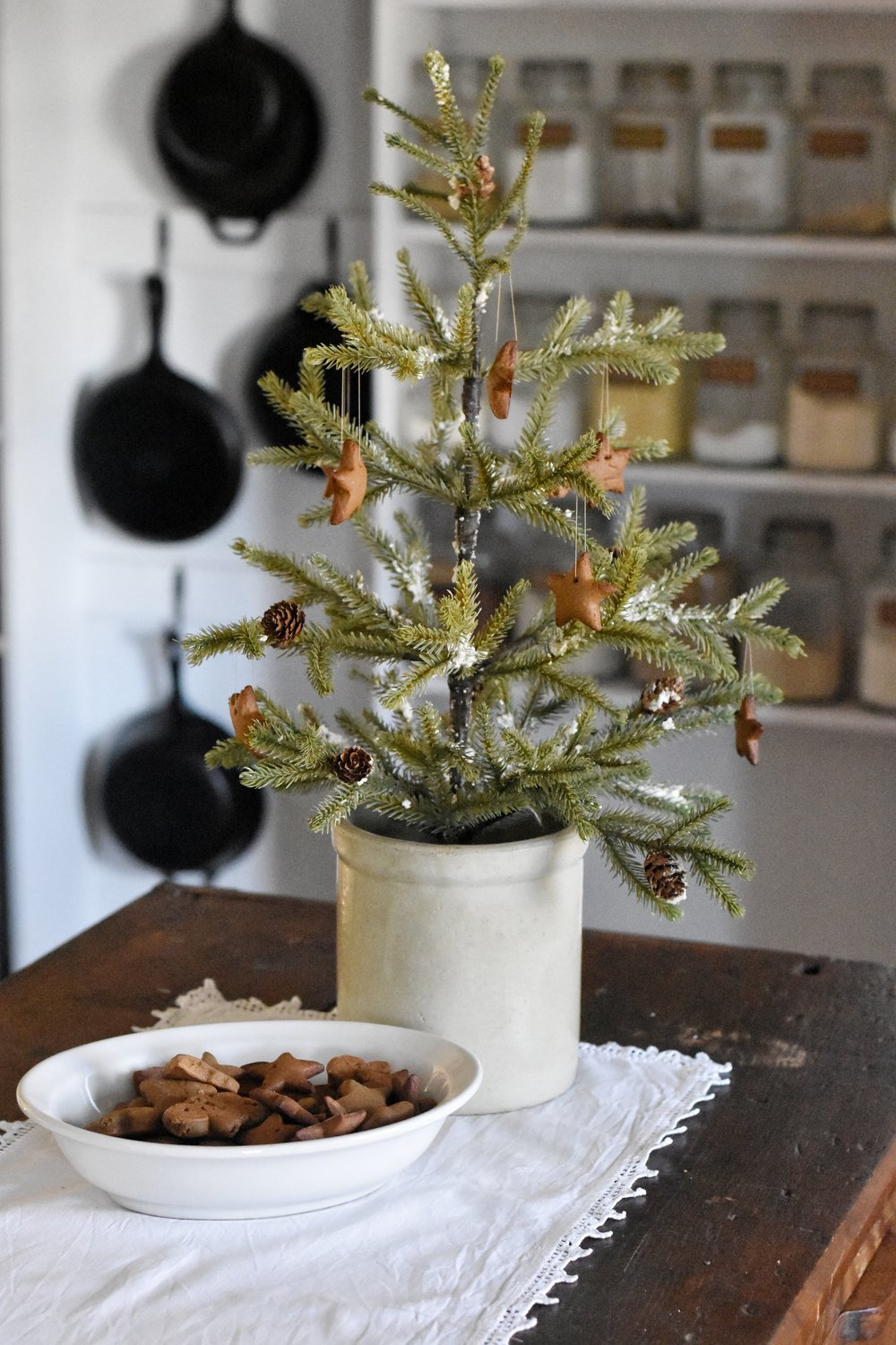 The very best Christmas Tree Gingerbread Recipe from Tasha Tudor