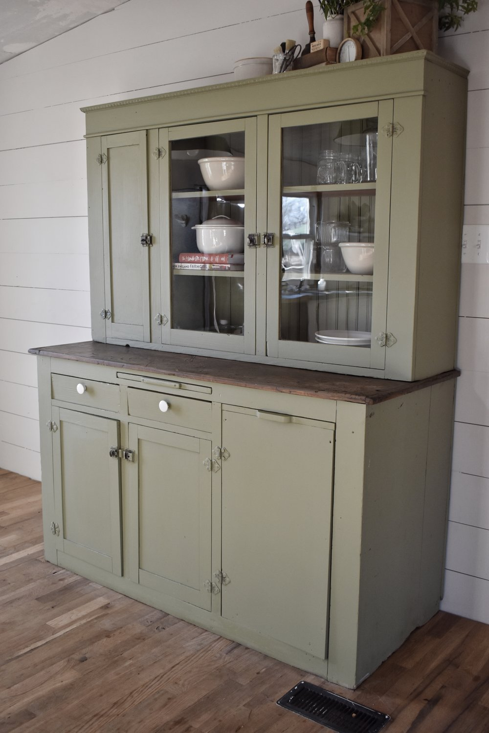 Farmhouse Cupboard Makeover www.flatcreekfarmhouse.com