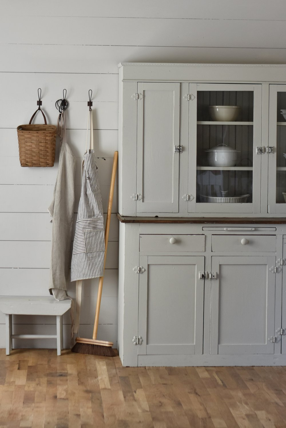 Magnolia Paint color called Gatherings. A simple farmhouse style hutch makeover www.rockyhedgefarm.com