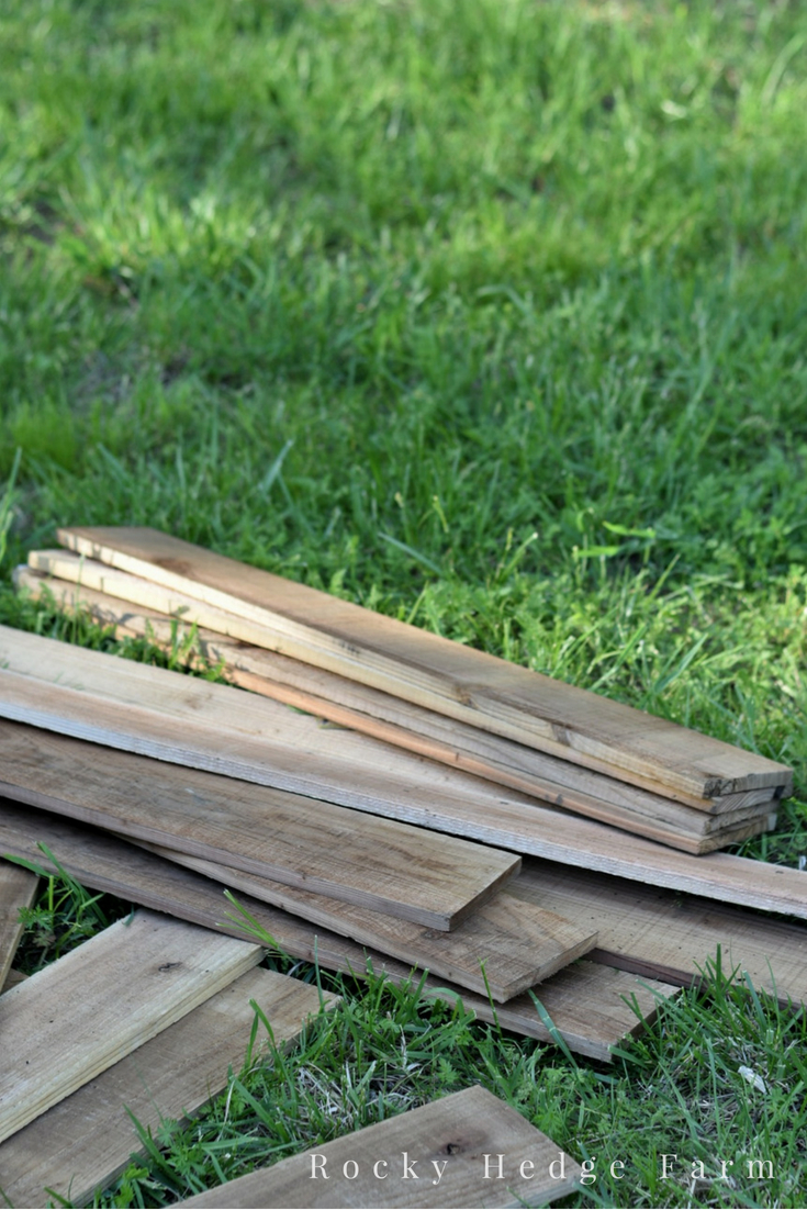 Building Raised Cedar Beds out of Picket Fence Boards. Chemical Free and Long Lasting for Vegetable Garden | Rocky Hedge Farm