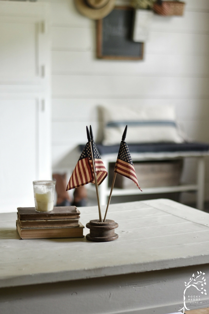 Simple Summer Farmhouse Patriotic Decor