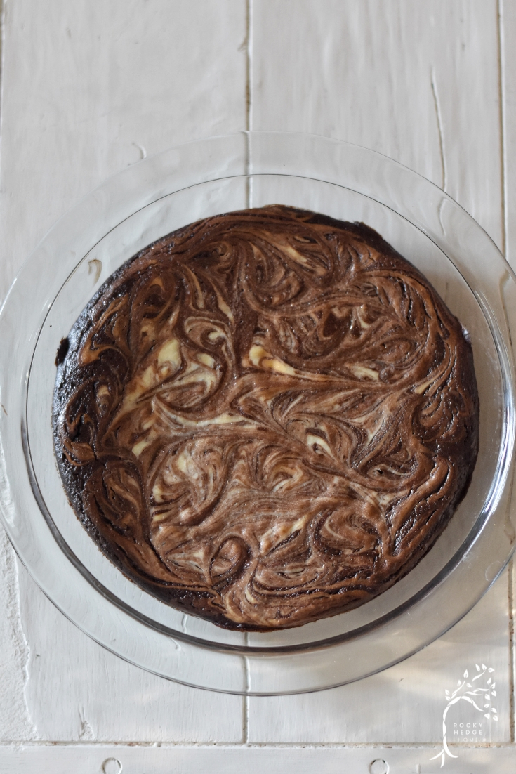 Fudgy Cream Cheese Swirl Brownies - Easy, quick and healthy brownies