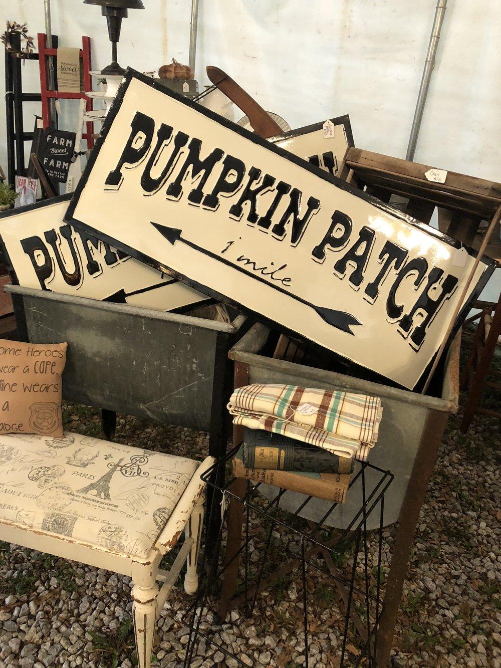 Pheonas Vintage Fall Market in Billings MO