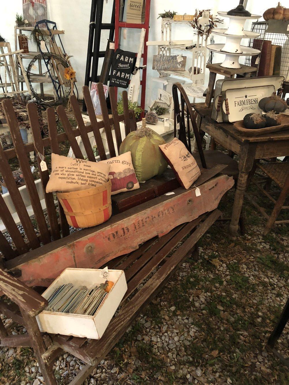 Vintage Fall Market in Billings MO at Pheonas