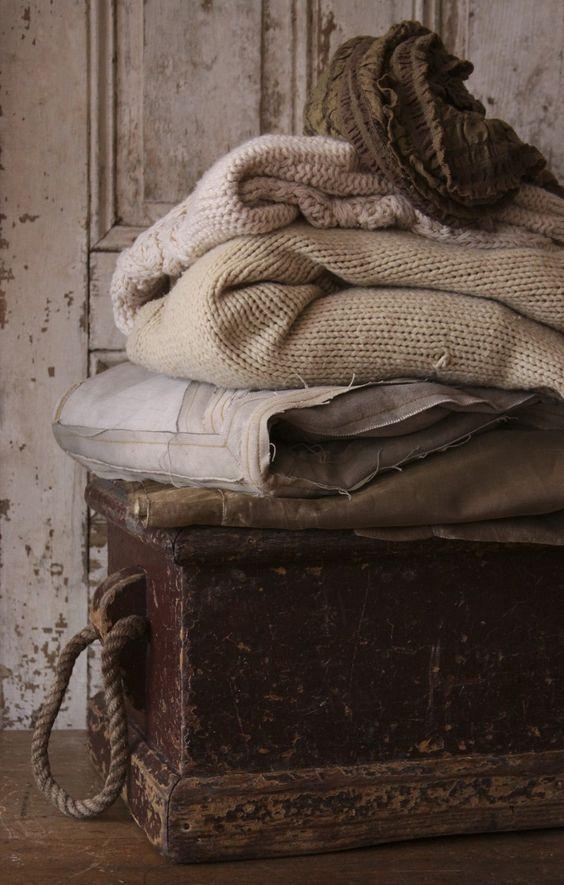 Cozy Fall Throw Blankets