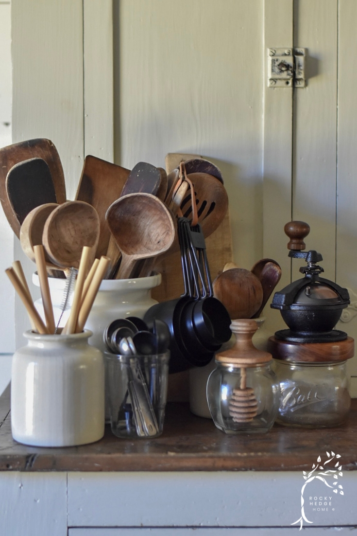 Replacing the plastic and disposable utensils with wooden and metal kitchen utensils can be a great first step in a zero waste, sustainable lifestyle.