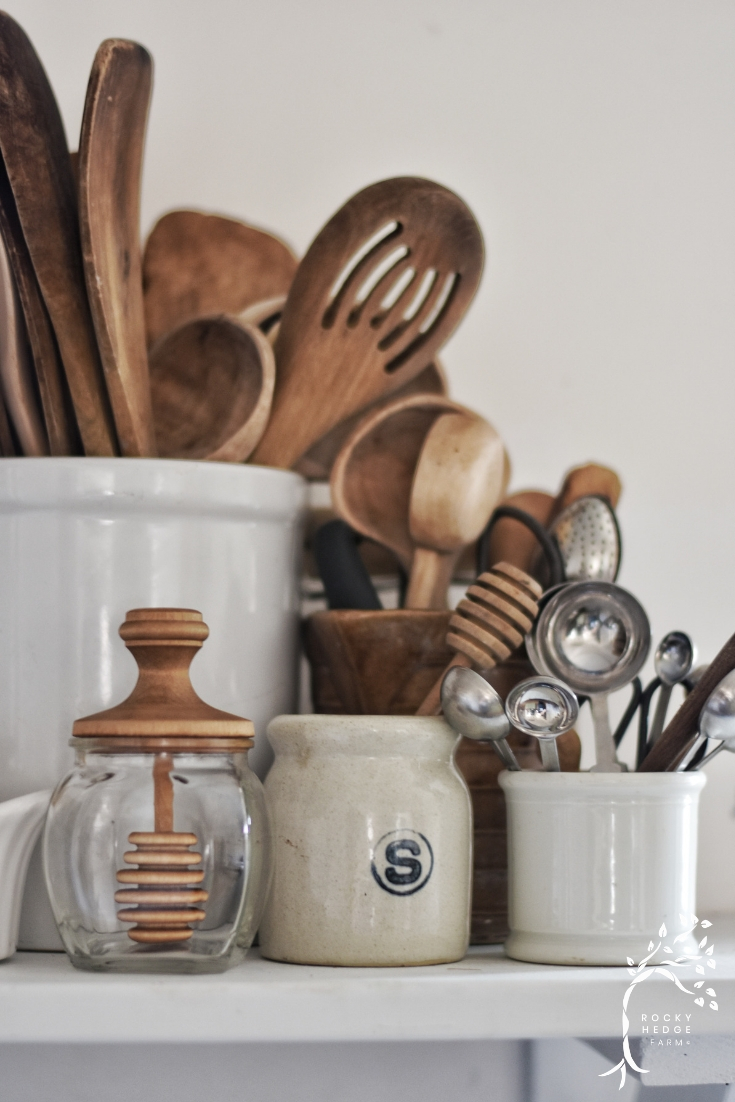 Plastic free kitchen utensil options for a zero waste kitchen.