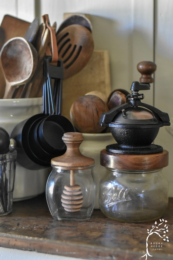Zero Waste, Sustainable Kitchen Products, Camano Coffee Mill, Wooden Spoons, Metal Spatulas, Metal Measuring Cups and Spoons.