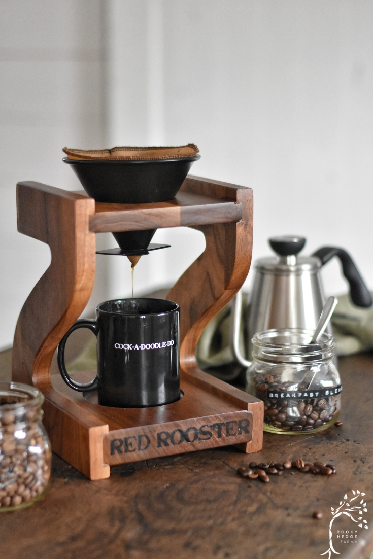 Zero waste coffee for a sustainable lifestyle. Camano Coffee Grinder with reusable coffee filter