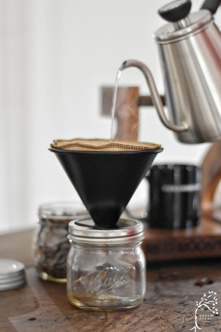 zero waste coffee lifestyle and pour over coffee