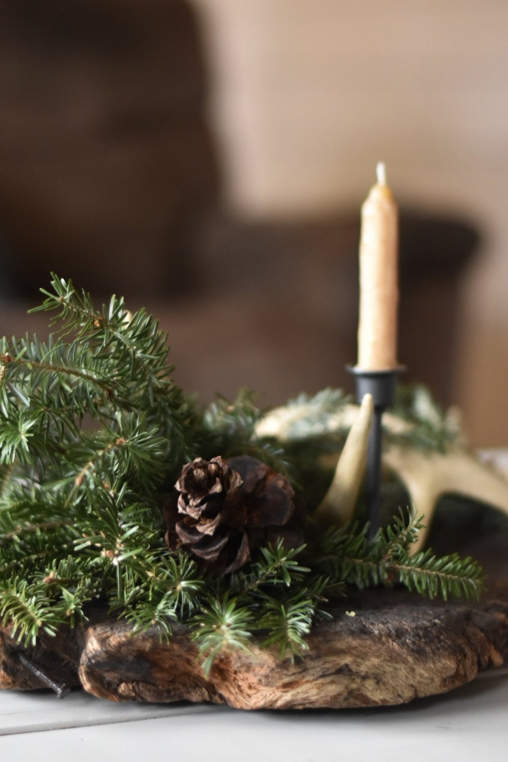 Creating a simle and slow Christmas through traditions, gift giving and decor - Rocky Hedge Farm