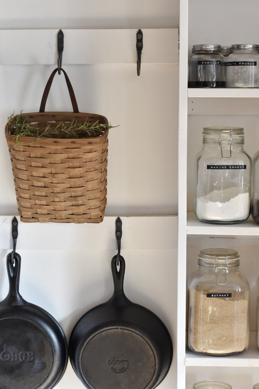 How to Keep the Kitchen Clean and Organized | Rocky Hedge Farm