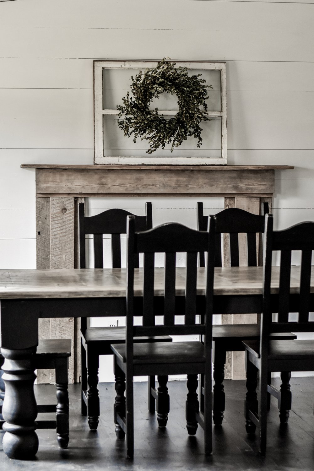 How to decorate a rustic farmhouse mantel | Rocky Hedge Farm