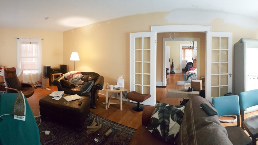 our living room and temporary dining room/bedroom .... auuuuughhhhh
