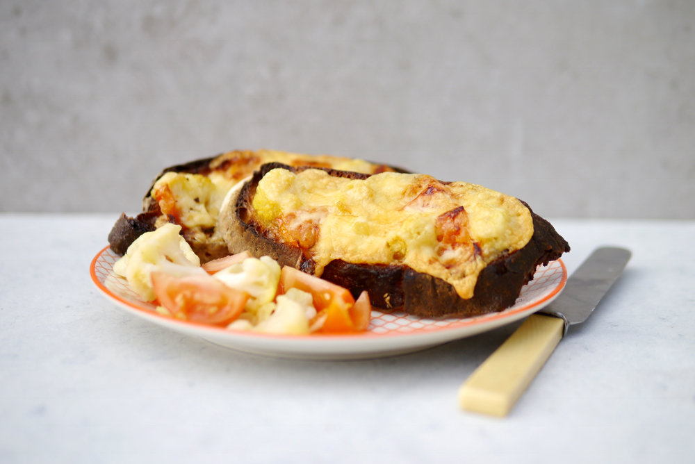cauliflower-cheese-on-toast.JPG