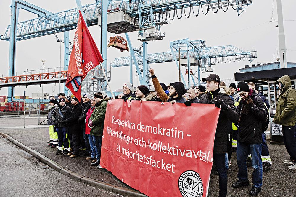 hamnarbetarstrejk11.jpg
